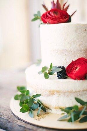 Kwiaty - zdobienia do tortów piętrowych powyżej 6 kg